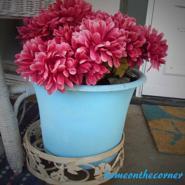 fall porch mums 2015
