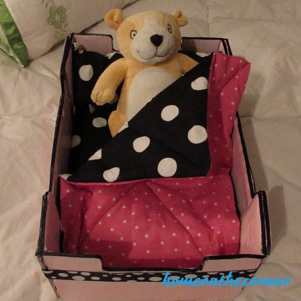 upcycle clementine box doll bed pink dots