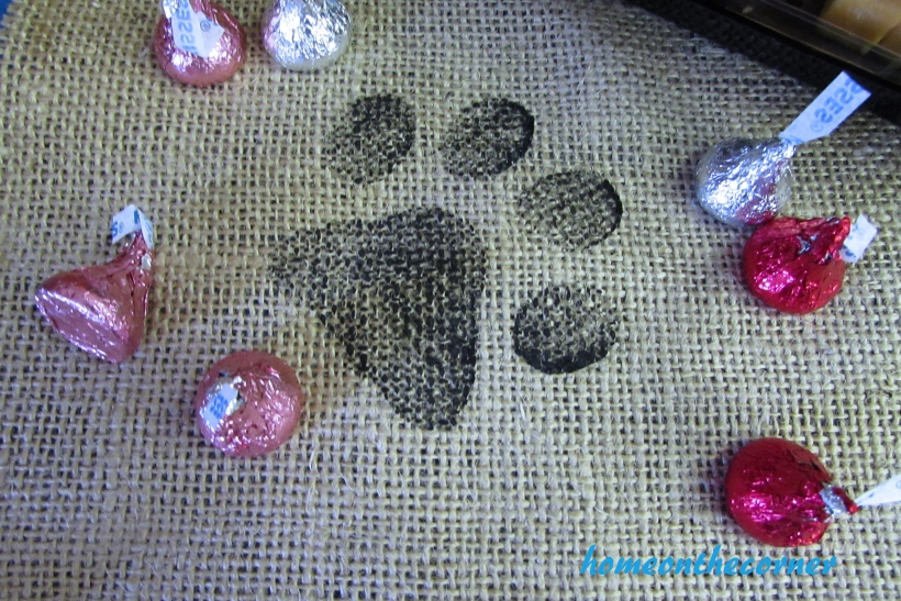 animal shelter pawprints and kisses