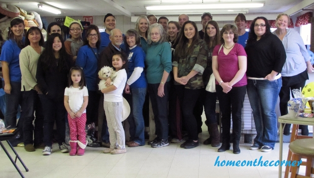 animal shelter volunteer group picture