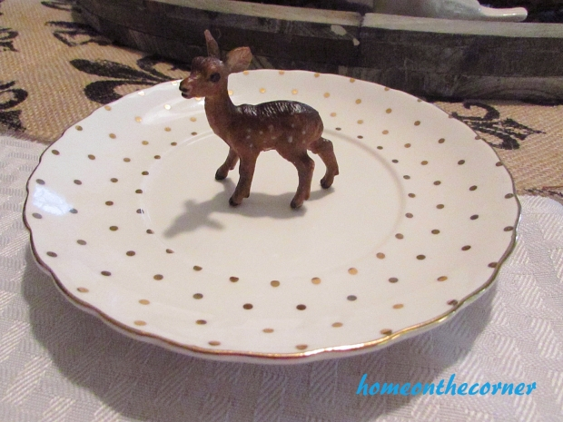 finds and fashion deer and plate