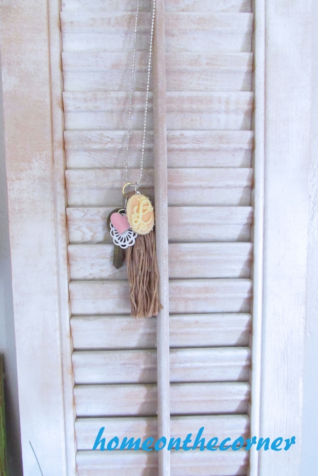 tassel necklace pink heart 'L' initial