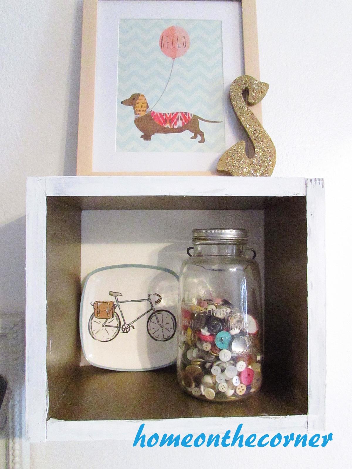 corner news craft display