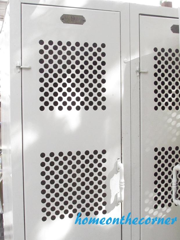 lockers 2