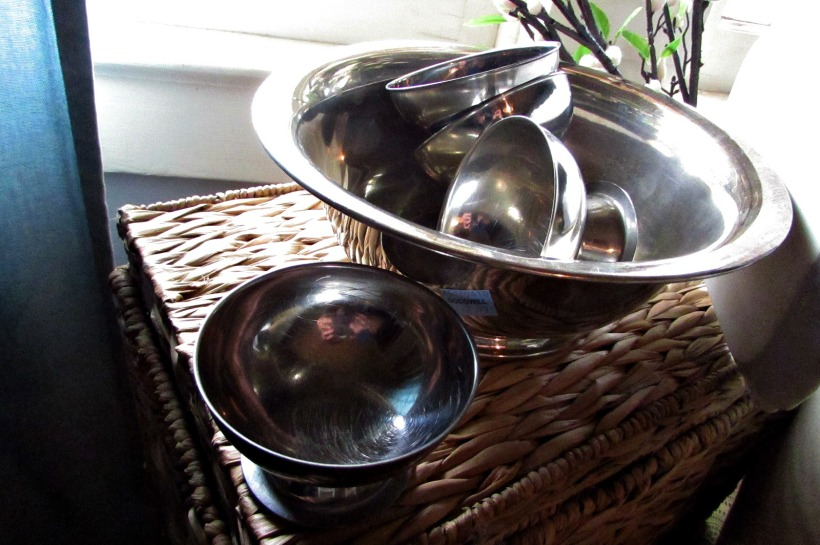 finds and fashions 51816 silver bowls