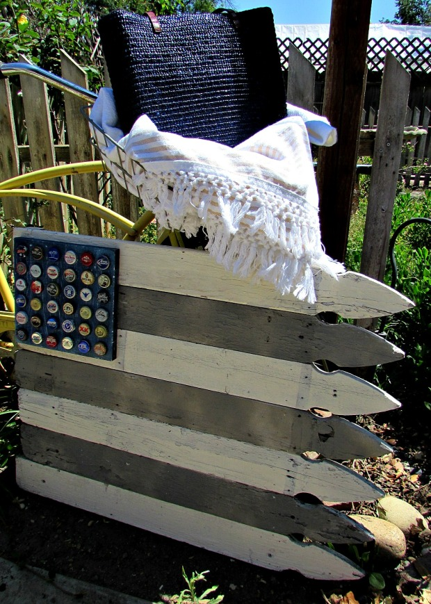 picket fence neutral flag with bike and blanket