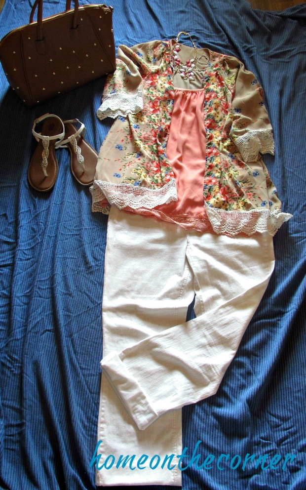 finds and fashions pink and white jeans