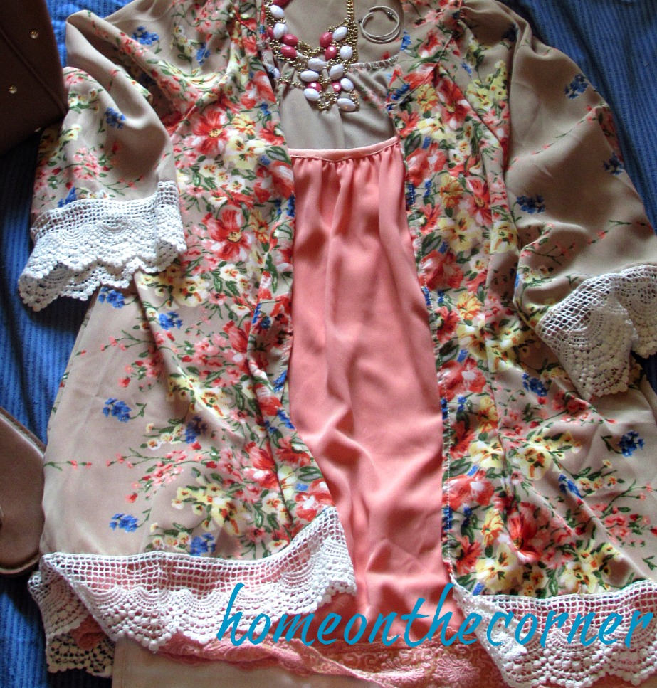 Finds and fashions pink kimono and necklace