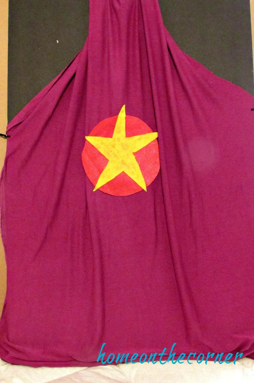 superhero cape pink with star 2