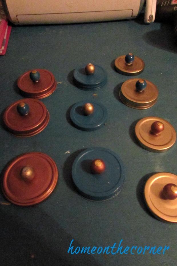 christmas jars lids and beads