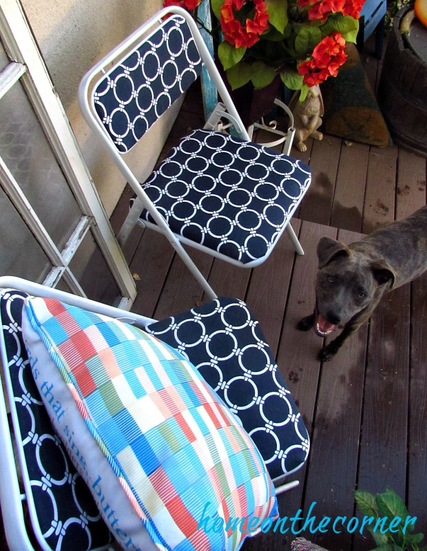 folding chair makeover with Rozy