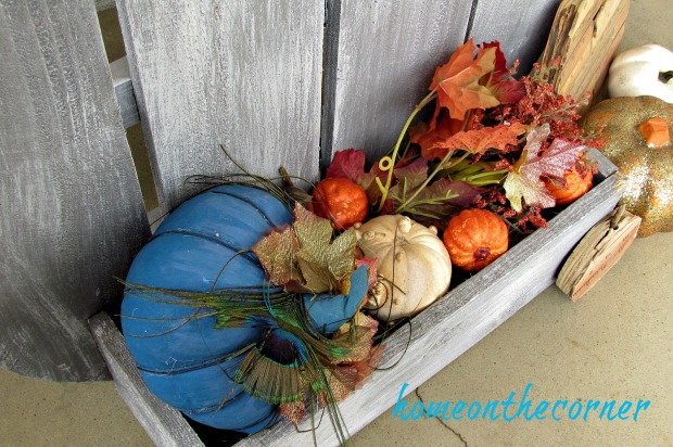 fall-front-porch-2016-pumpkin-box