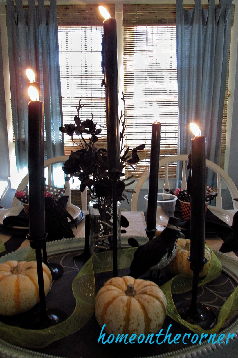 halloween-tablescape-black-candles
