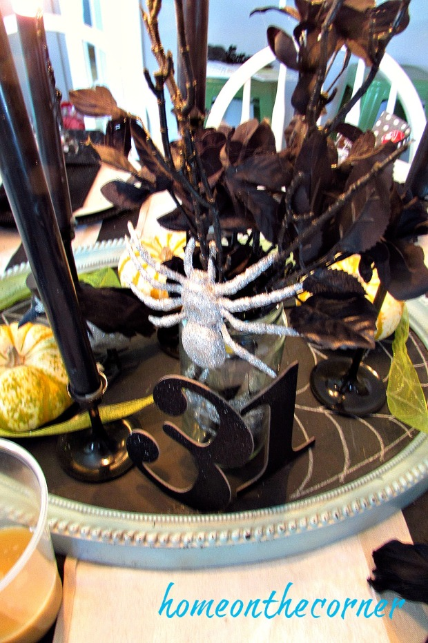 halloween-tablescape-silver-spider