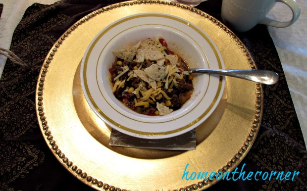 fall-2016-gold-and-white-taco-soup