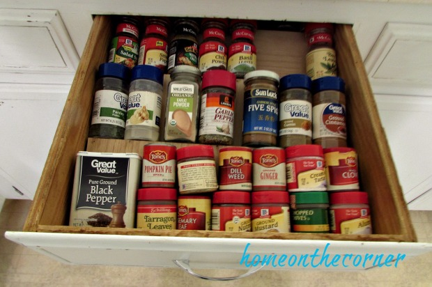 diy-spice-drawer-all-in-a-row
