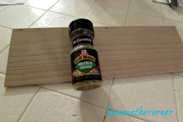 diy-spice-drawer-measure-with-spice