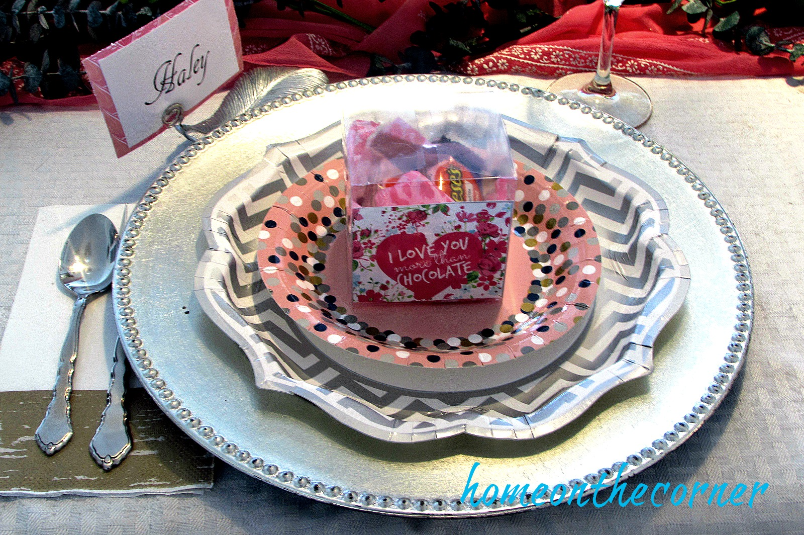 something-sweet-valentines-place-setting-oriental-trading