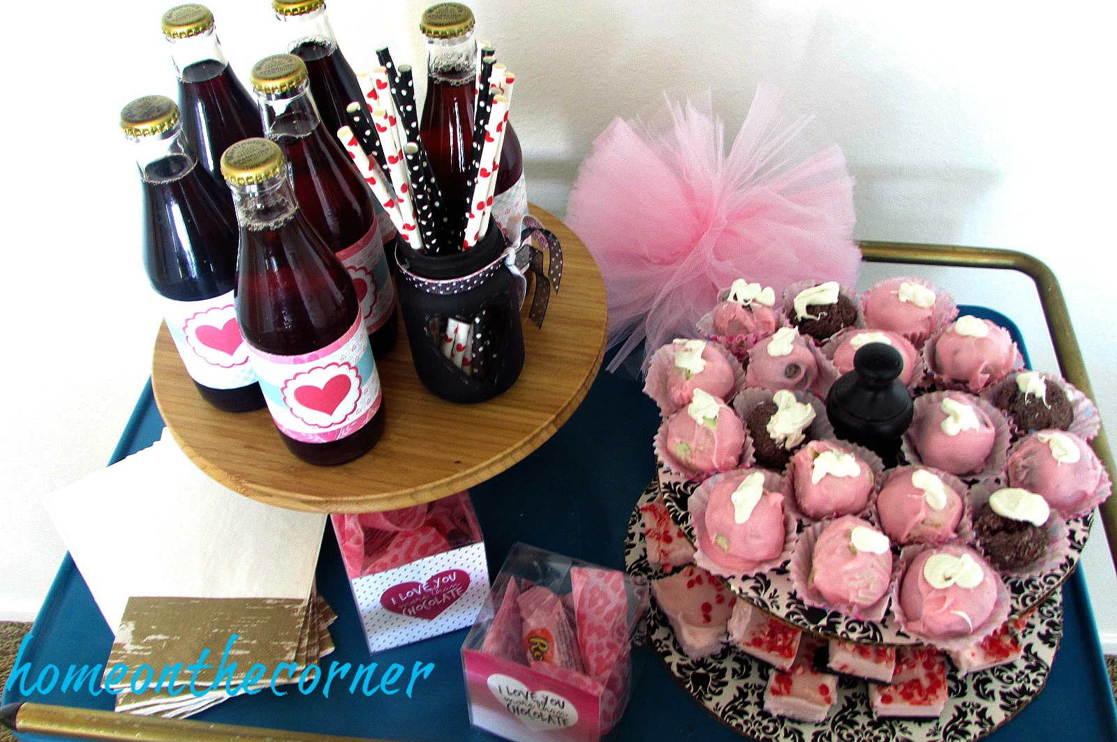 something-sweet-valentines-sweet-and-drinks