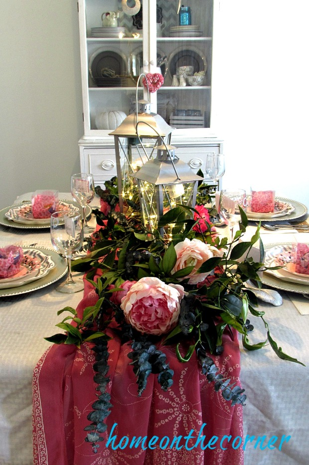 something-sweet-valentines-tablescape-and-hutch