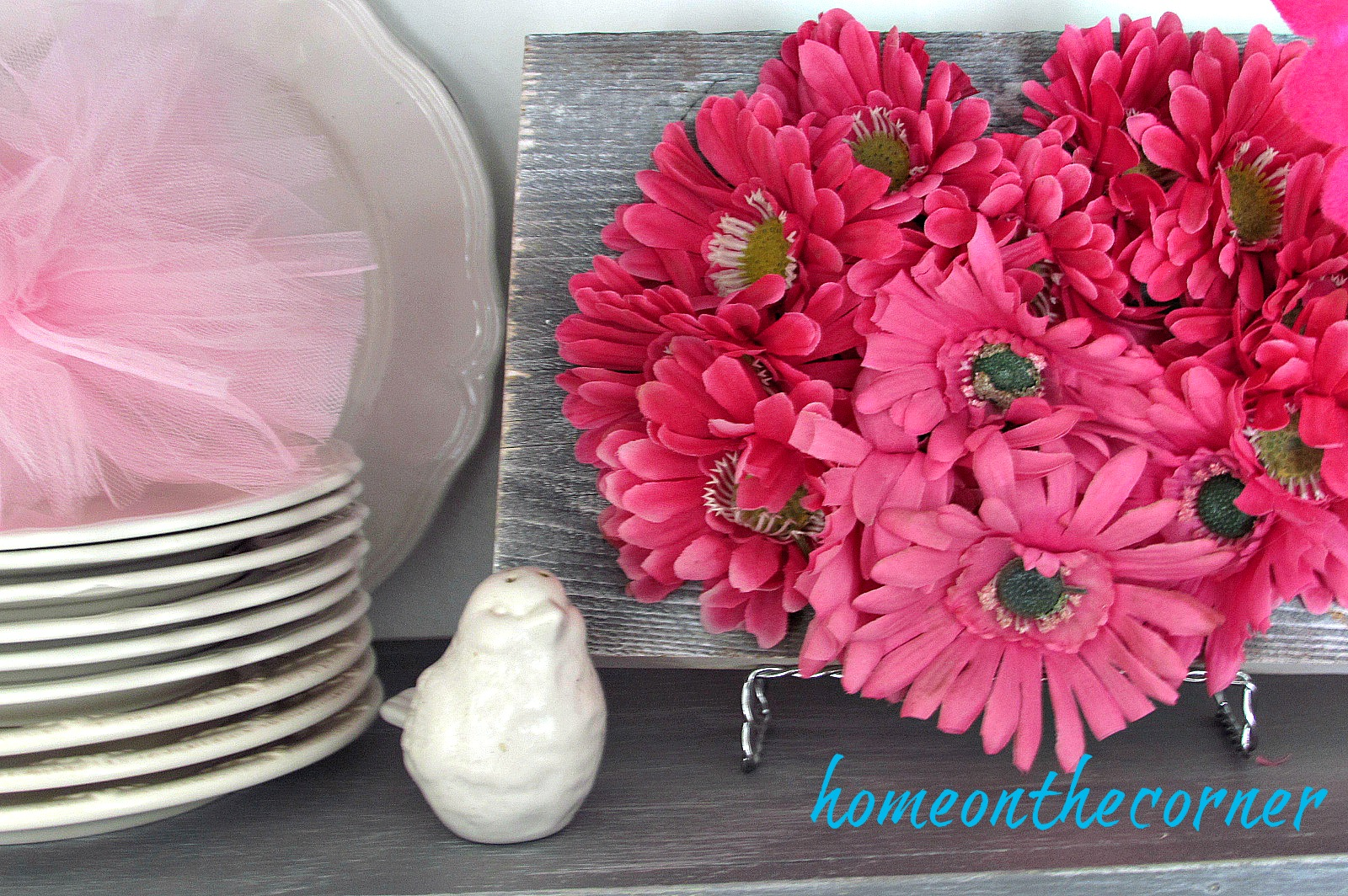 flower-valentine-pink-heart-plaque