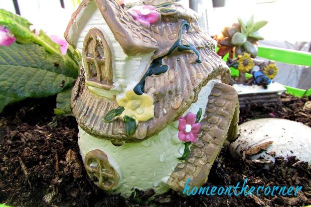 green-fairy-garden-dollar-tree-house