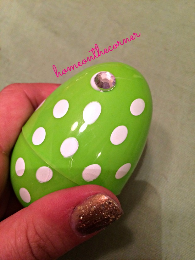 Easter Eggs Green with Jewel
