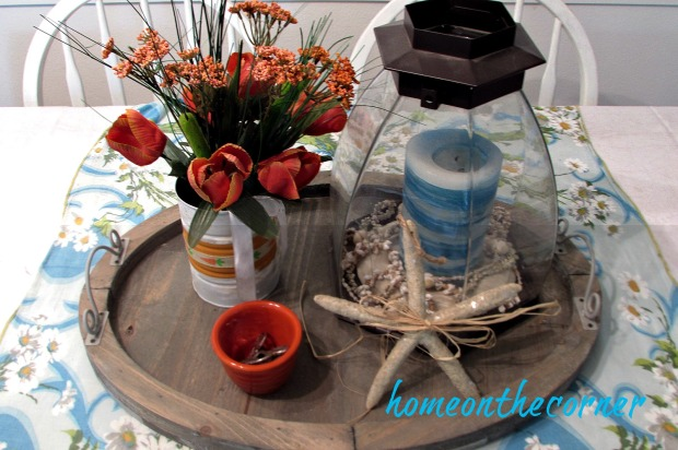 gallery wall dining table centerpiece
