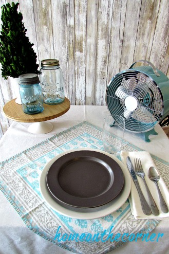 tablescape 2017 turquoise and grey farmhouse rustic simple