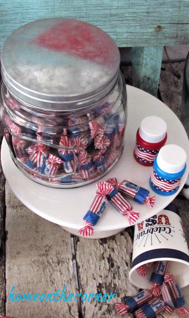 patriotic candy jar tootsie rolls