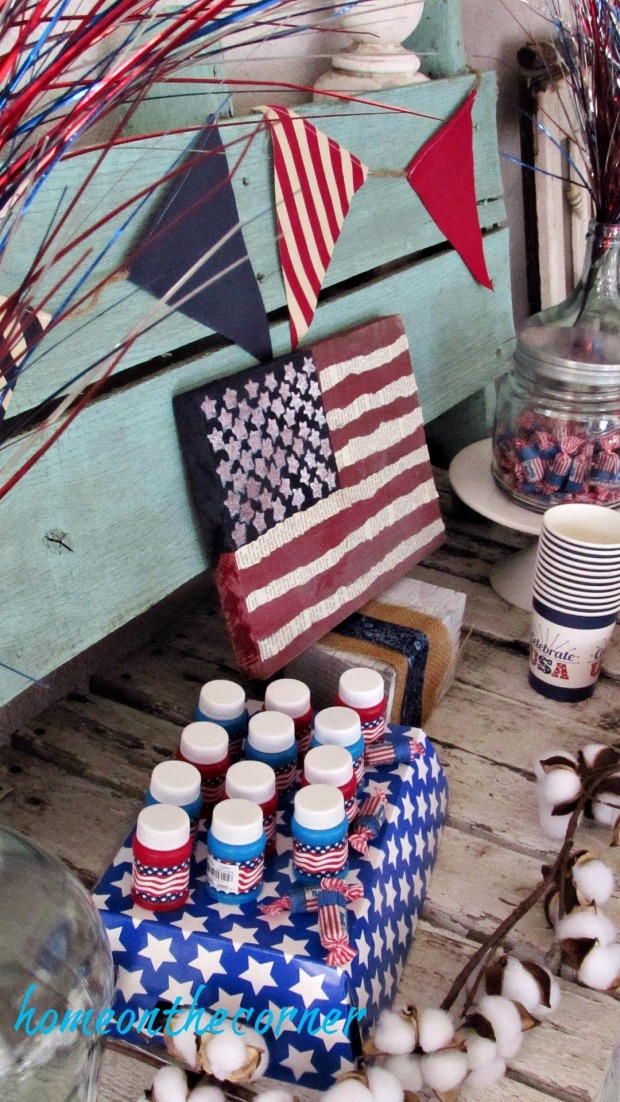 patriotic snack table flag, bubbles, candy