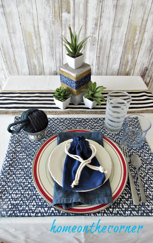 tablescape 2017 blue and white patriotic