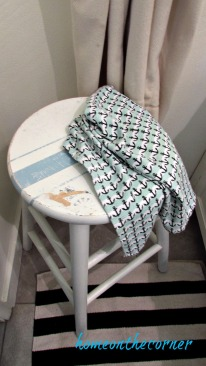 bar stool beachy makeover white and blue