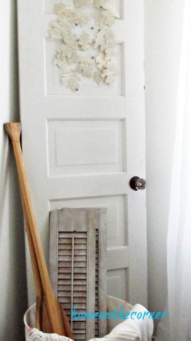 fall 2017 living room door shutters leaves