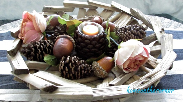 fall 2017 living room pinecone and acorn centerpiece