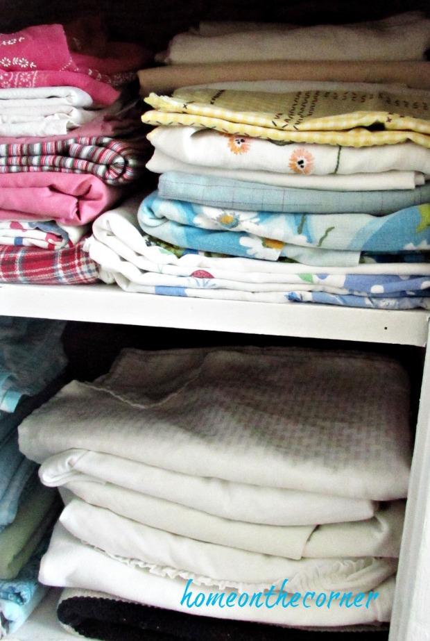 fall dining room hutch linens