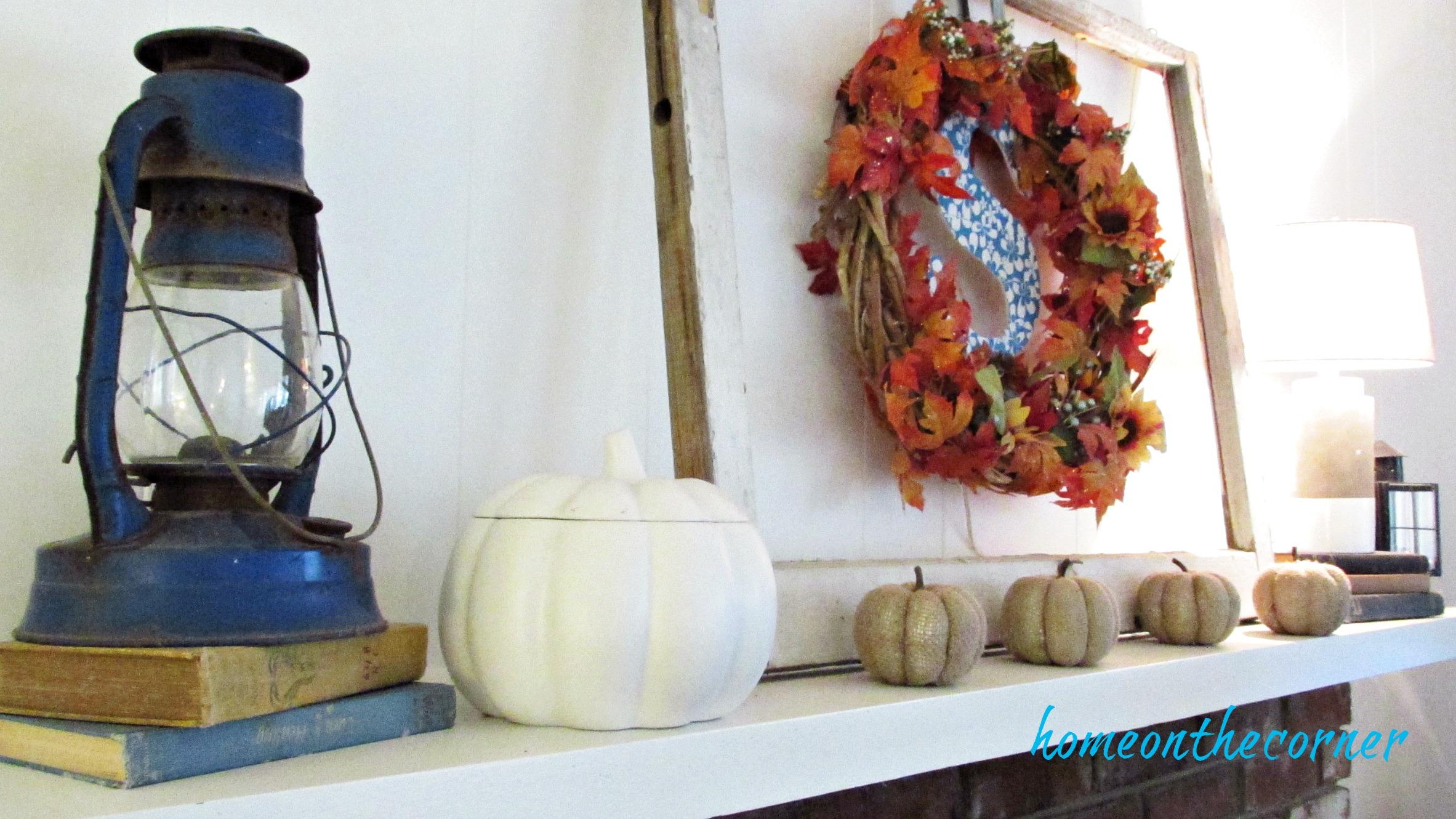 fall family room mantel lamp, pumpkin, wreath