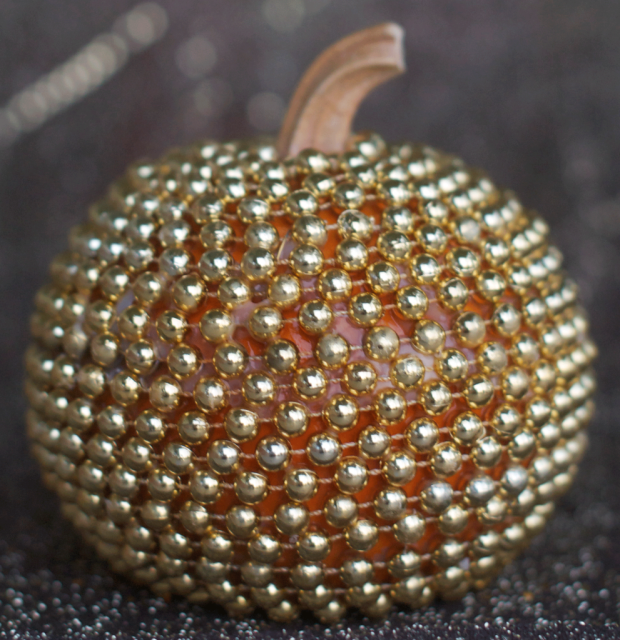 Gold Bling Pumpkin.png