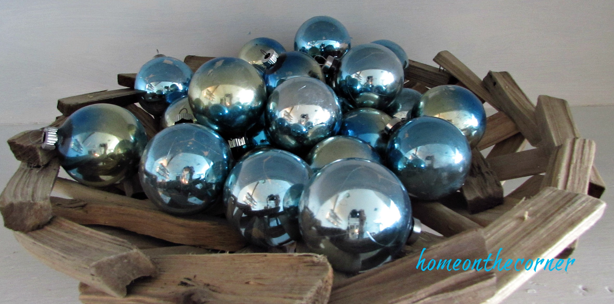 Christmas 2017 Dining Room Shiny Brite Ornaments