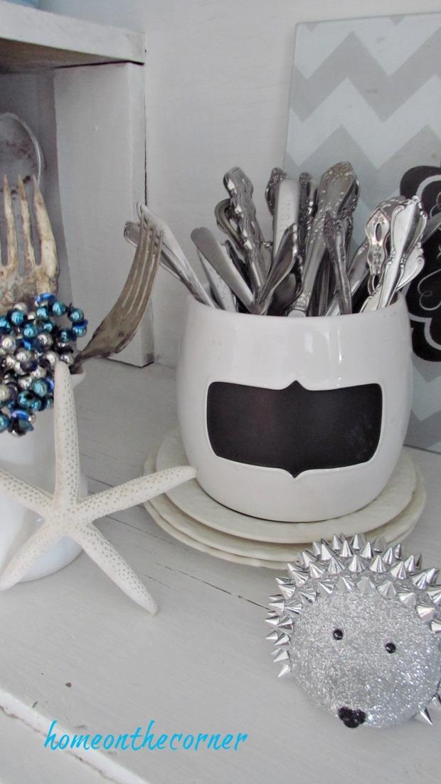 christmas 2017 dining room silverware hedgehog starfish