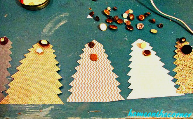 Christmas tree Garland Buttons 2017