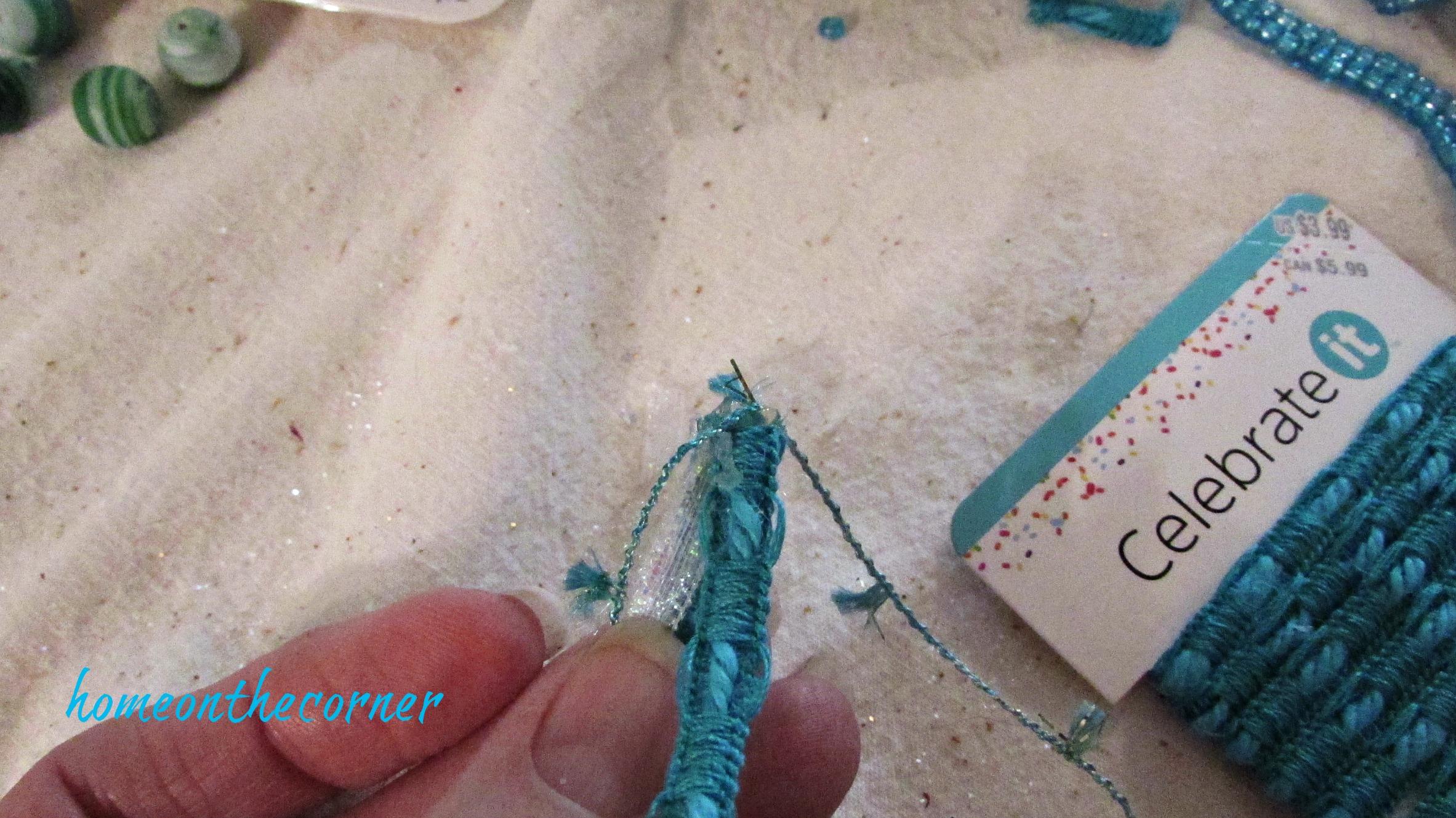 ornament exchange 2017 turquoise ribbon