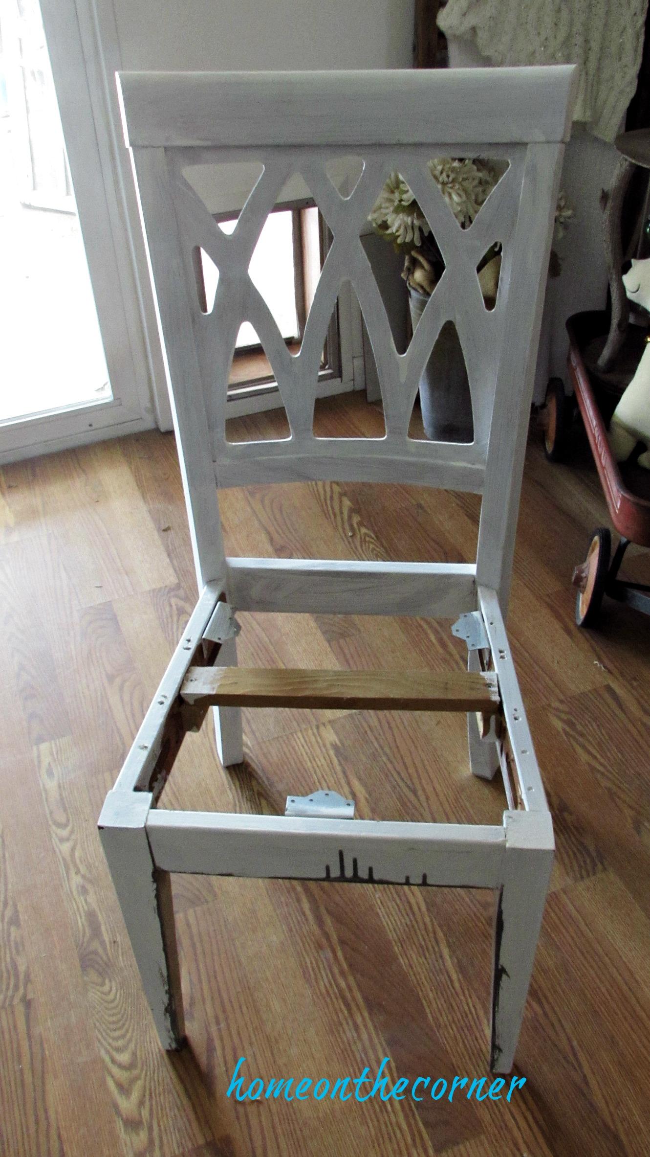 desk chair makeover primered