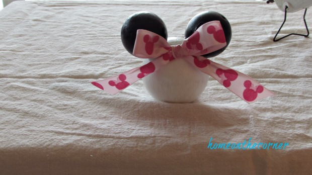 minnie mouse decor disney pink bow