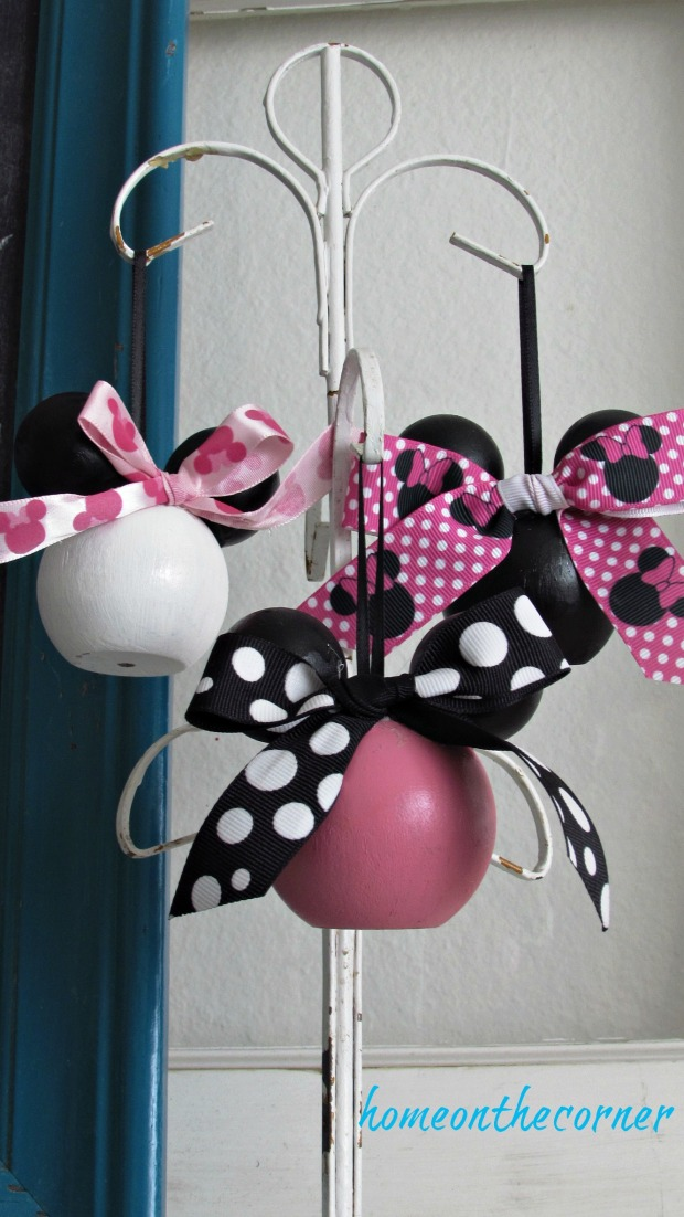 minnie mouse disney hanging ornament