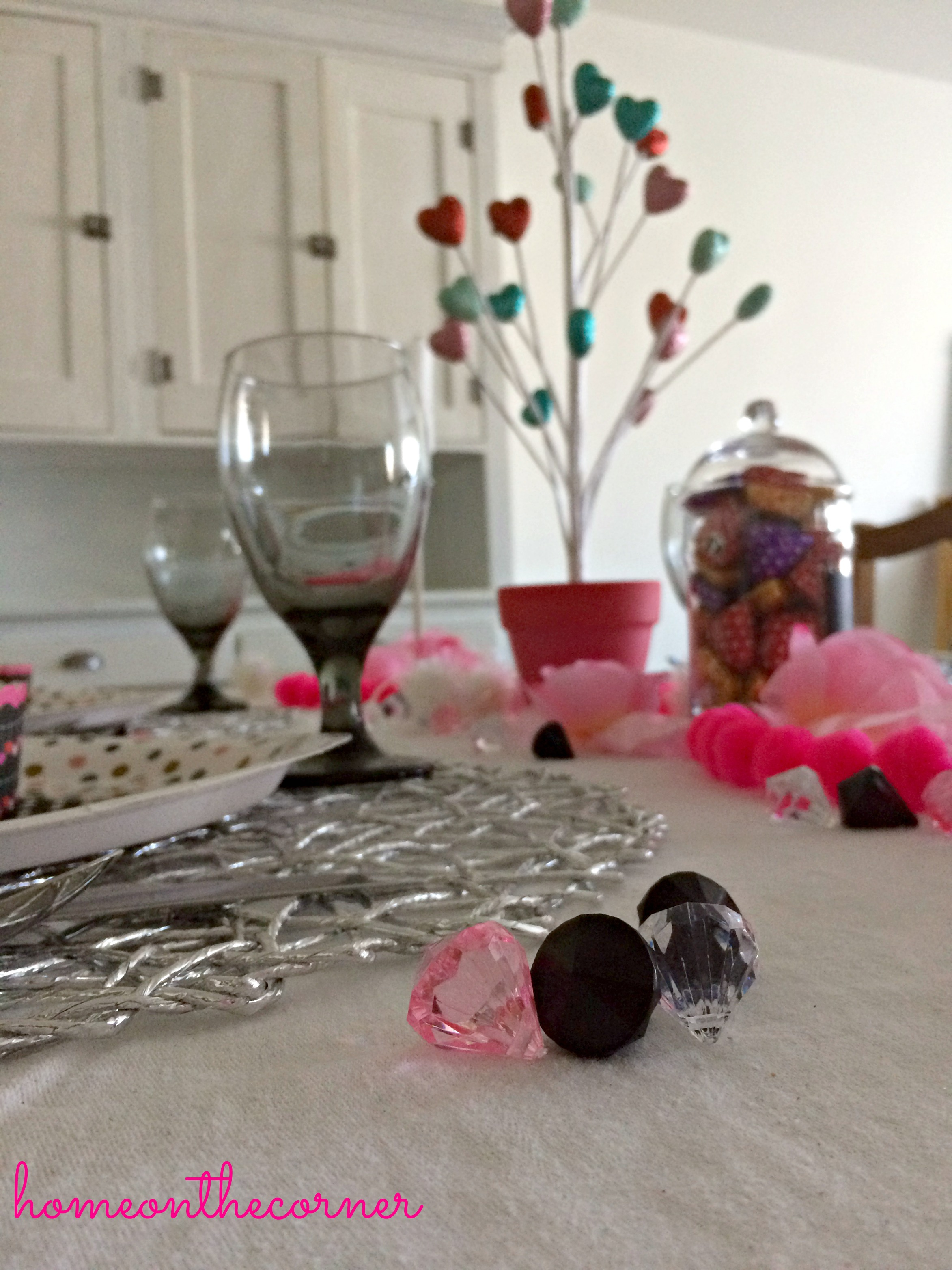 Valentine's Day Tablescape Diamonds