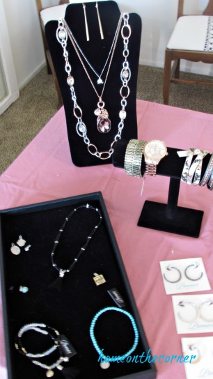 party tablescape jewelry party