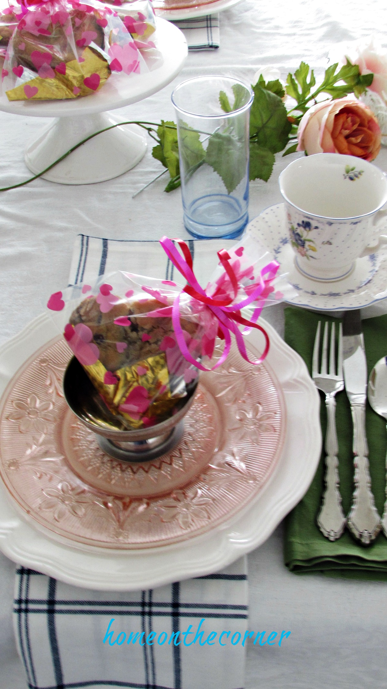 valentine spring tablescape sweet treat