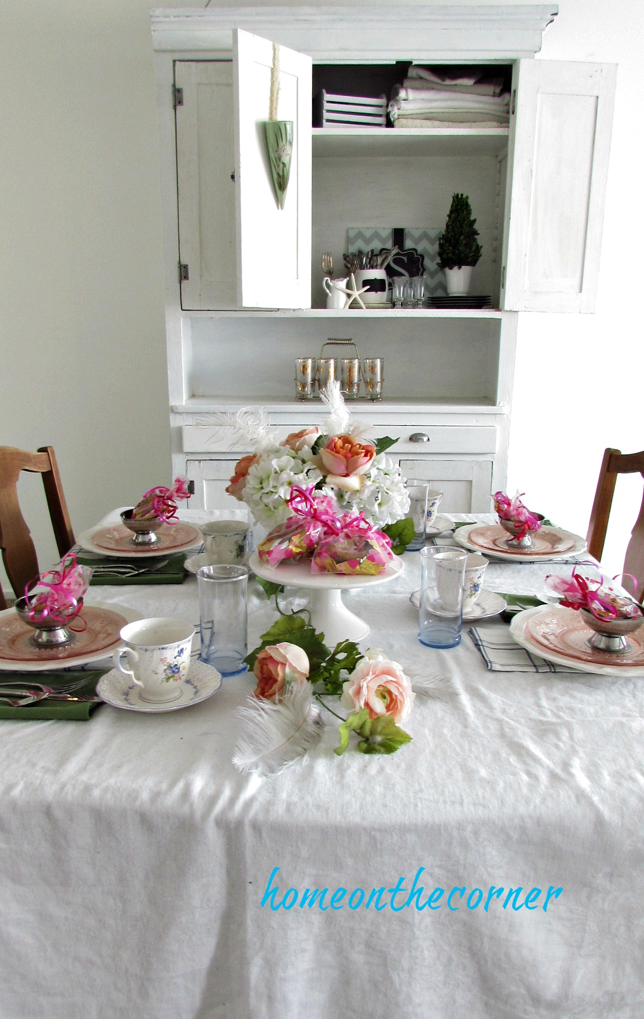 valentinespring tablescape 2018