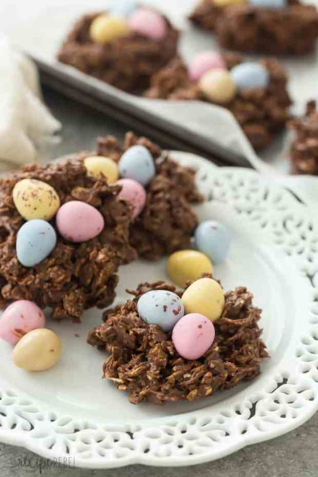 easter-no-bake-birds-nest-cookies-mini-eggs-recipe-picture-www.thereciperebel.com-8-of-8-768x1152